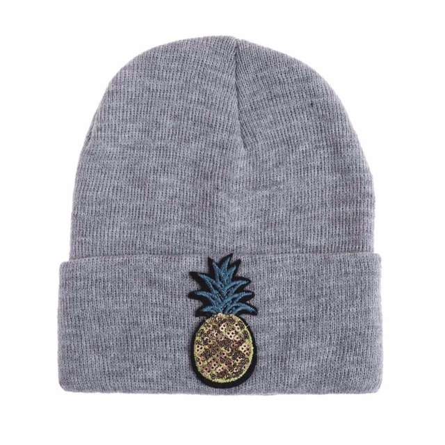 2017 Unisex New Fashion Skullies Knitting Hat With Sequin Casual Warmer Winter Lovely Soft Stretch Ski Hat
