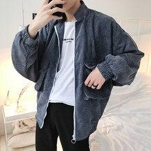 bcc5ee166f1 2018 новые Мужская Мода вельветовые ткани ветровка Карманный украшения  одежды свободная куртка-бомбер уличная куртка