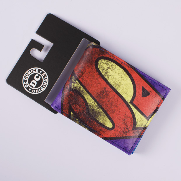 Comics DC Marvel Superman Wallets Leather Purse New Branded Fashion Casual Dollar Bag Anime Cartoon Men Wallet pokemon go print purse anime cartoon pikachu wallet pocket monster johnny turtle ibrahimovic zero pen pencil bag leather wallets
