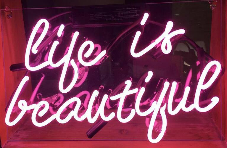 Custom LIFE IS BEAUTIFUL Glass Neon Light Sign Beer BarCustom LIFE IS BEAUTIFUL Glass Neon Light Sign Beer Bar