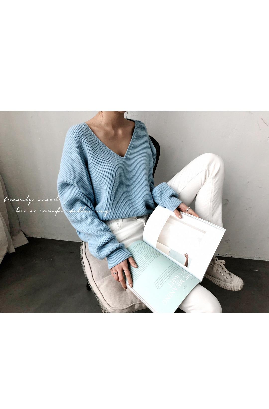 19 Winter Ovreiszed Sweater Women V Neck Black White Sweater Irregular Hen Knitted Tops 14