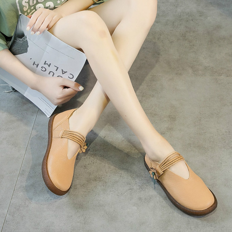 Genuine Leather Women Flats Black Ankle Strap Casual Leather Shoes Soft Bottom Handmade Women Flats Flower Retro Shoes 2018 2018 new retro women flats handmade shoes genuine leather round toe ladies shoes soft bottom casual shoes woman moccasins