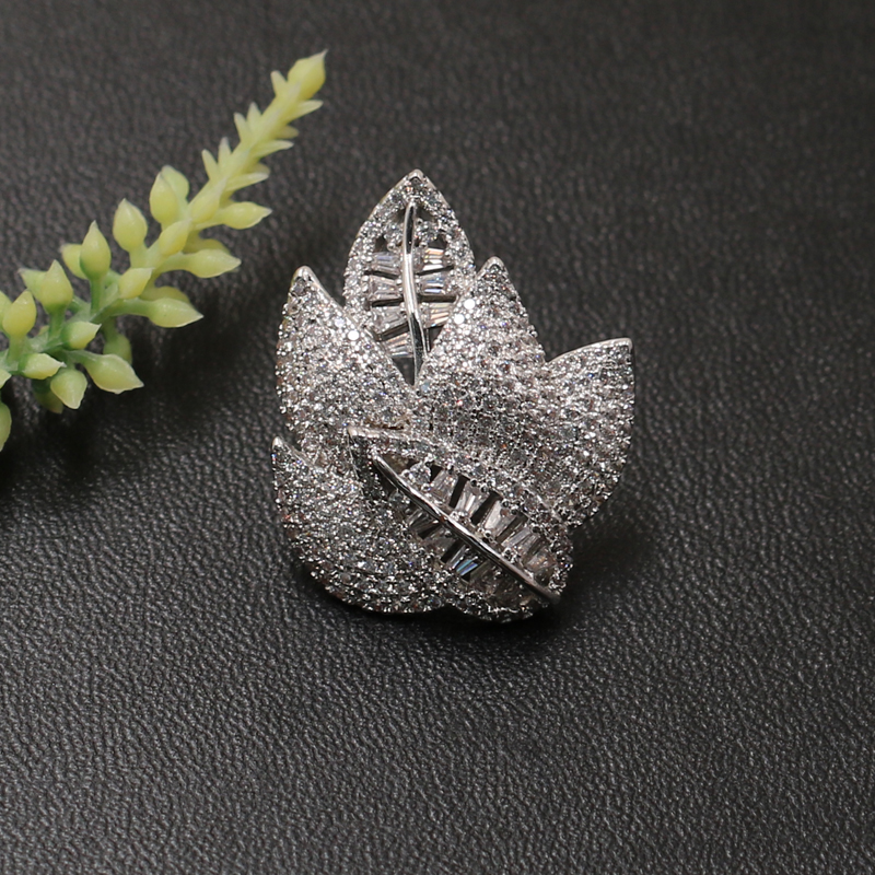 Lanyika Fashion Jewelry High Quality Exquisite Leaf Brooch Pin design for Engagement Wedding Micro Paved Zircon Popular Gifts in Brooches from Jewelry Accessories