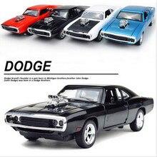 1:32 Escala Fast & Furious 7 Aleación Dodge Charger Tire Hacia Atrás Regalo Colección de Coches de juguete Diecast Modelo Niños Juguetes Para Niños Nuevo año