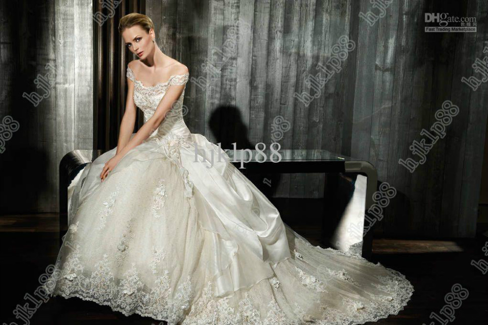 Wholesale Wedding Gowns In Usa: Wholesale 2012 Collection Essence Best Selling A Line