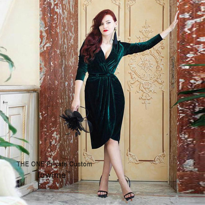 2017 Green Velvet Short Evening Dress With Long Sleeve