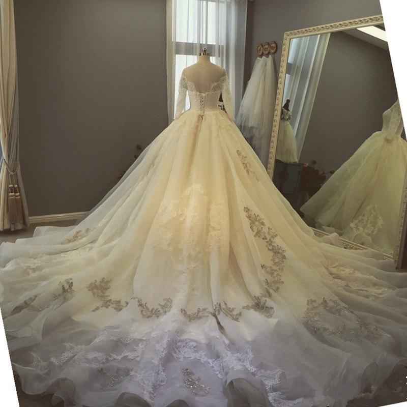 2017 Dubai vestidos de novia vestidos de novia Bata de Pelota Cuello ...