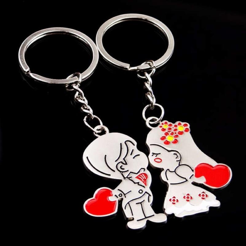 Fashion New Novelty Anime Couple Keychain Trinket Cartoon Key Chain Lovers Key Ring Women Bag Wedding Jewelry Valentines Gift