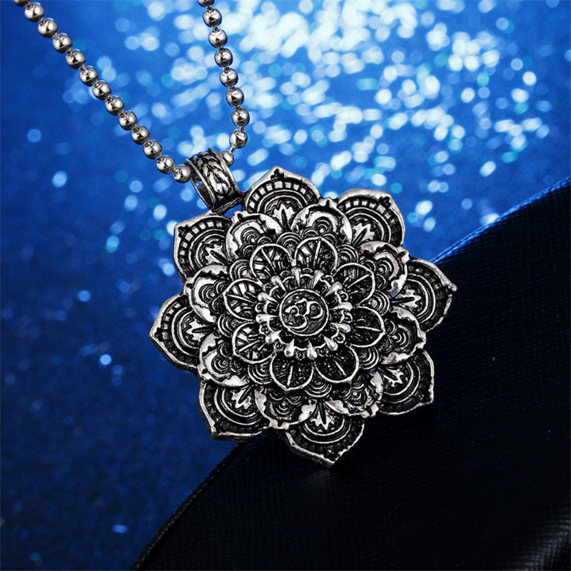 Vintage Alloy Mandala Lotus Flower Pendant Necklace