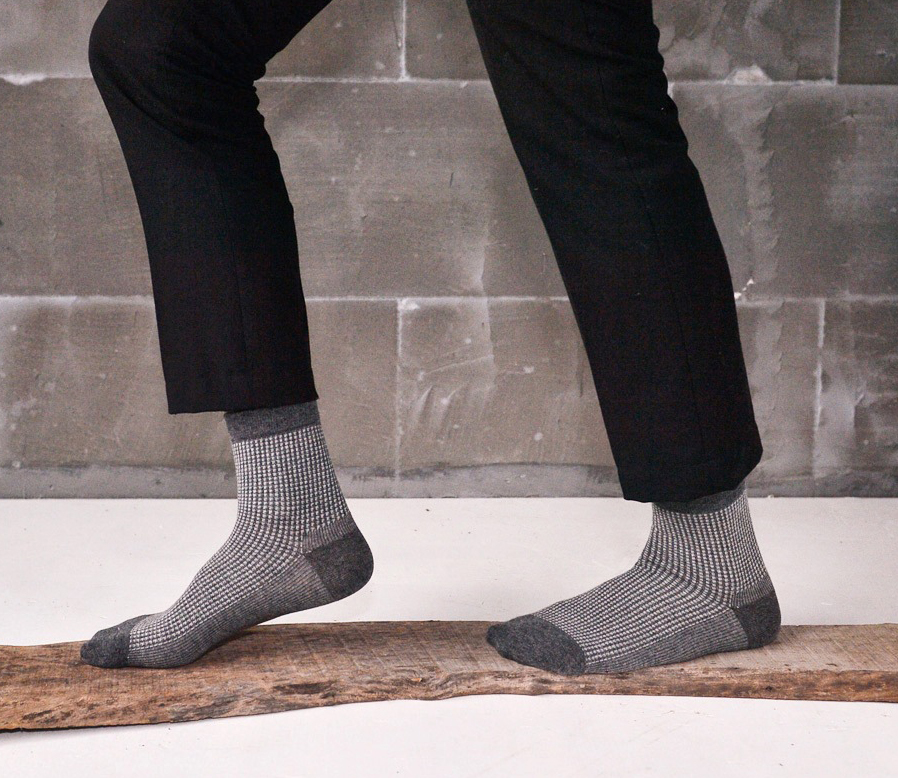 5 colors high quality combed cotton all season classic little plaid simple style brand men casual dress socks