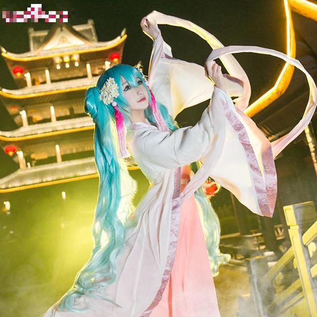 Image miku hatsune vocaloid animated cosplay-40870