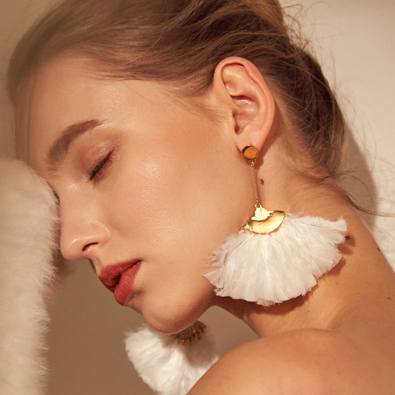 925 Silver Ear Exaggeration Earring Temperament Long Feather Pendant Creative Personality Earrings For Women