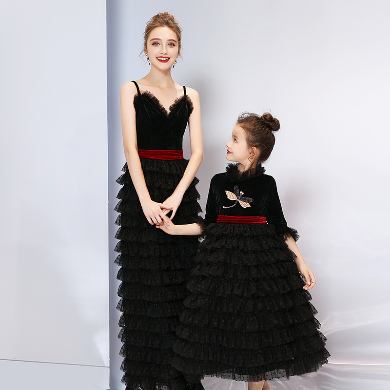 2019 Family Matching Wedding Dress for Mother Daughter Dresses Clothes Mom and me Matching Dress Girls Summer Winter Clothes2019 Family Matching Wedding Dress for Mother Daughter Dresses Clothes Mom and me Matching Dress Girls Summer Winter Clothes