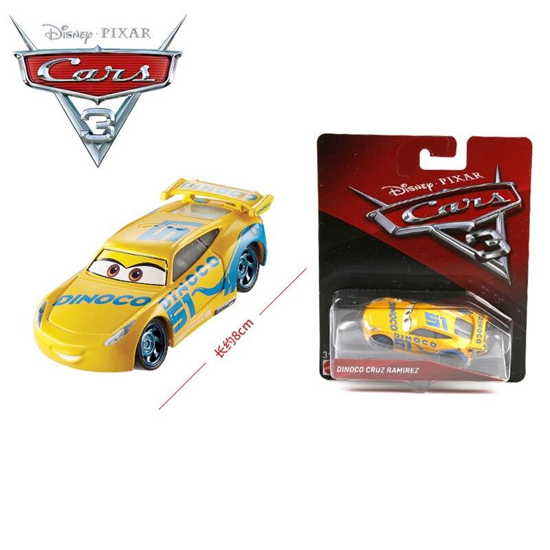 Cars Spielzeugauto Cruz Ramirez mit Sound und Licht Ideal als Weihnachtsgeschenk Spielzeugautos