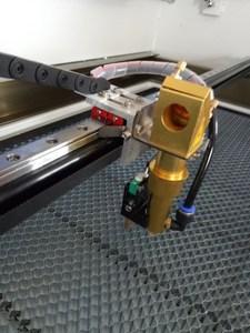 Image 3 - 무료 배송 DPS 1060 CO2 레이저 조각기 USB 자동 초점 레이저 커터 기계 DSP 시스템 레이저 마킹 기계 쿨러
