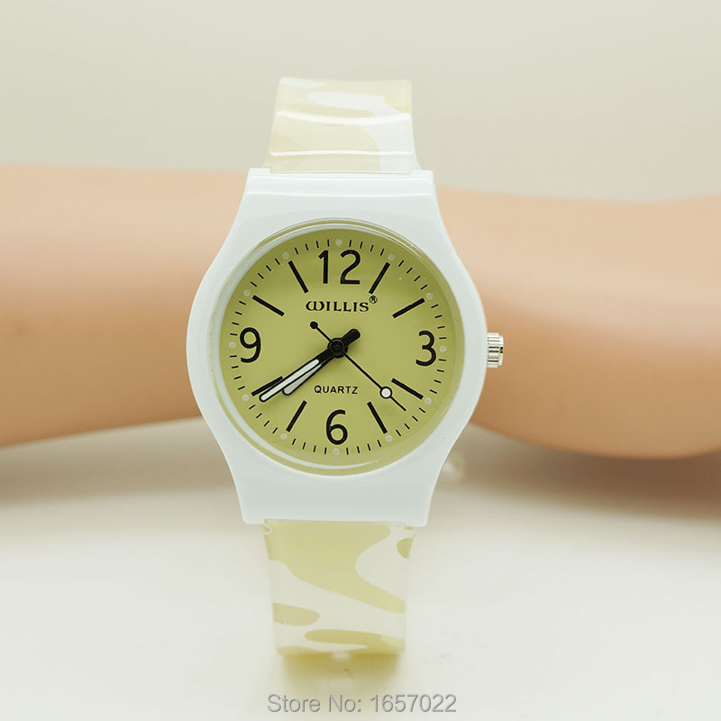 Top Brand Luxury Unisex Casual Silicone Camouflage Strap Waterproof Watches For Children Gift Wristwatch