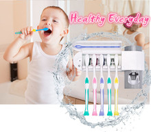 New Automatic toothpaste squeezer with UV prateleira panier de rangement bathroom accessories toothbrush holder machine