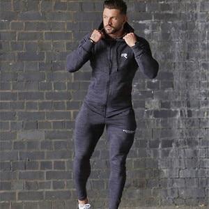 Image 3 - Sport Kleding Mannen Set Running Gym Sweatshirt Mannelijke Sportkleding Trainingspak Fitness Body buildin Mens Hoodies + Broek Sport Pak Mannen