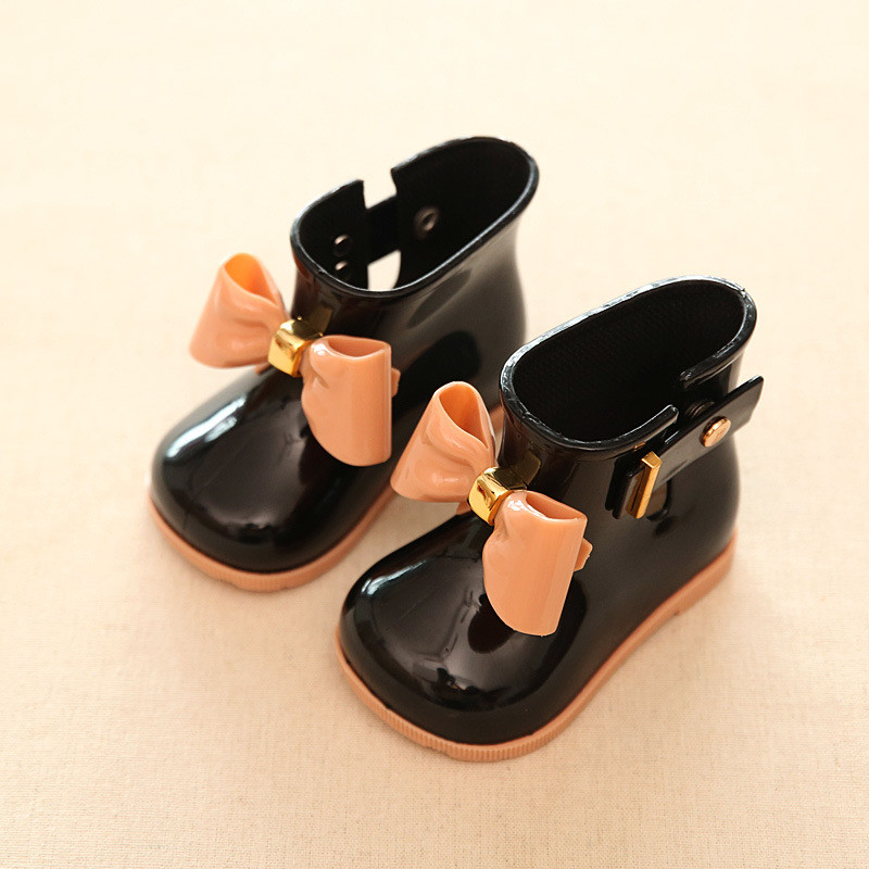 De goma de los niños Botas PVC bebé Niñas jalea lindo bowknot lluvia Zapatos Rojo/Rosa/Negro impermeable hebilla Botines