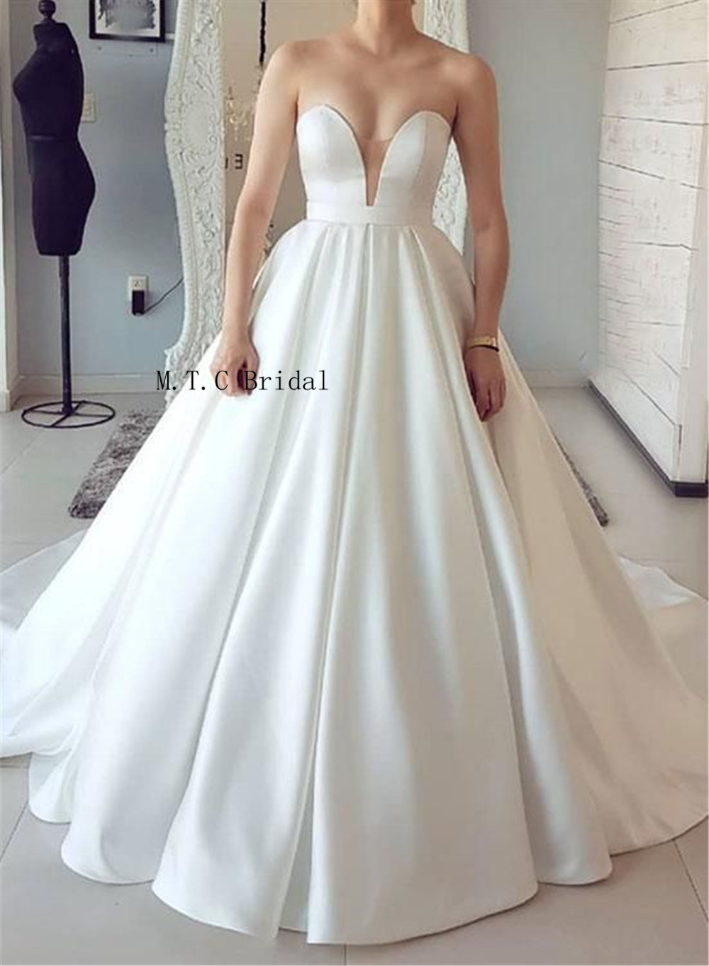 Custom Made White Satin Princess Wedding Dresses Strapless Sweep Train Charming Bridal Dress Cheap 2019 Vestido De Casamento