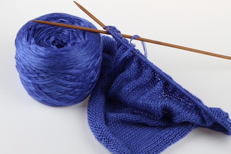 Alize Burcum Batik Yarn Punch %100 Acrylic 100g 210m Sweater ... | 500x750