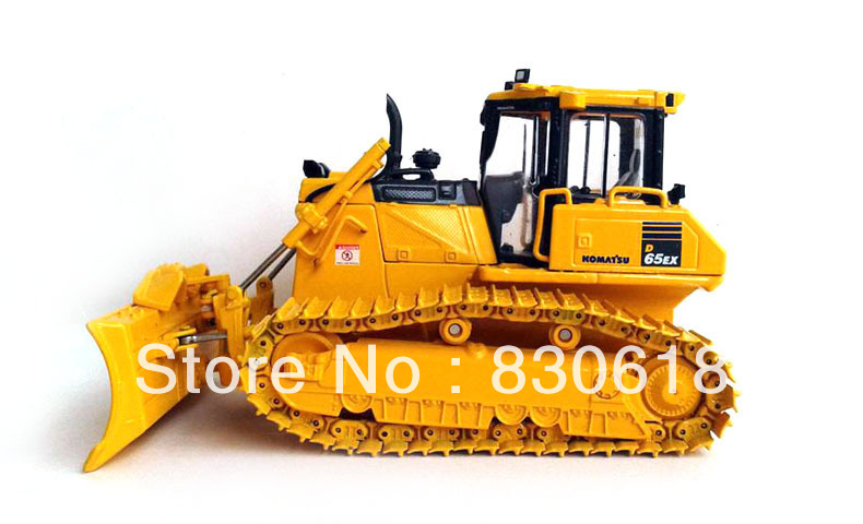 First Gear 50-3246 Komatsu D65PX-17 Bulldozer w/ Hitch 1/50 NIB toy куплю запчастей б у к komatsu