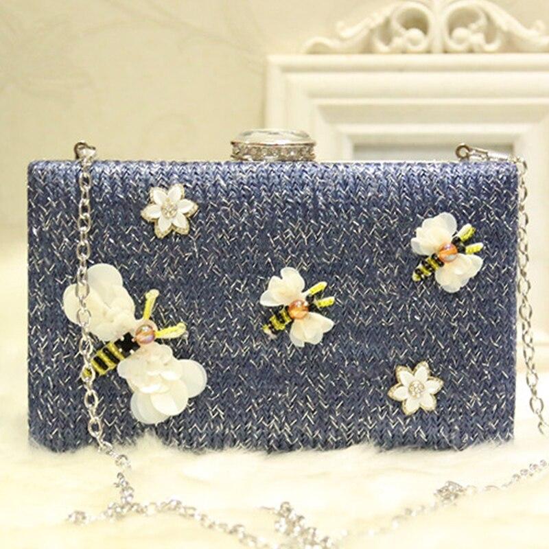 2018 Plastic Flower&Bee Designer Women Clutch Evening Bag Female Luxury Summer Box Clutch Bag Blue Woven Straw Bags for Women