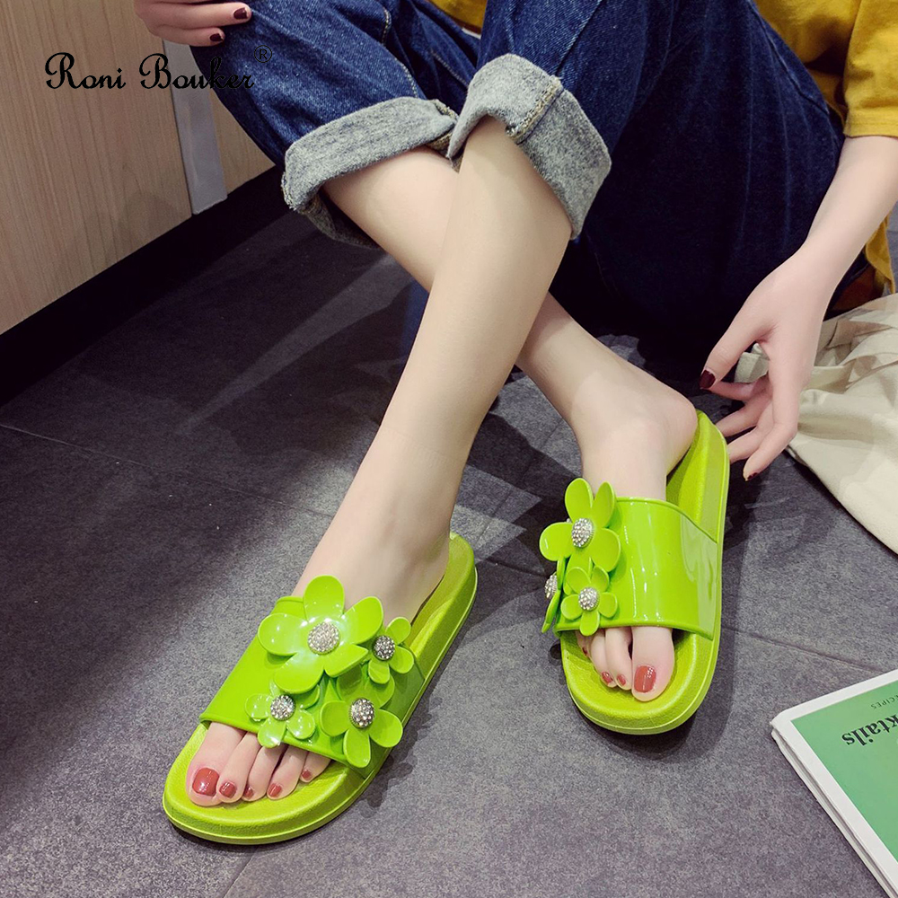 Fashion Summer Flats Antiskid Comfortable Candy Colour Slippers Women Lovely Casual Without Lace Beach Slides Woman Indoor Shoes
