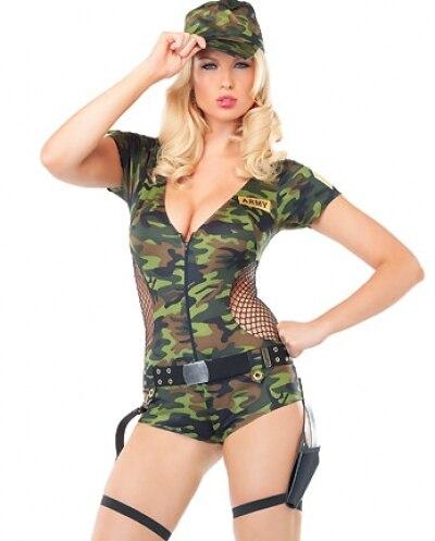 Сексуальная девушка в военной форме фото 634-677