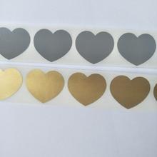 Ücretsiz kargo 1000 adet/rulo 30*35mm altın veya gümüş aşk kalp çizik çıkartma çıkartmalar, gizli mesaj veya düğün çıkartmaları