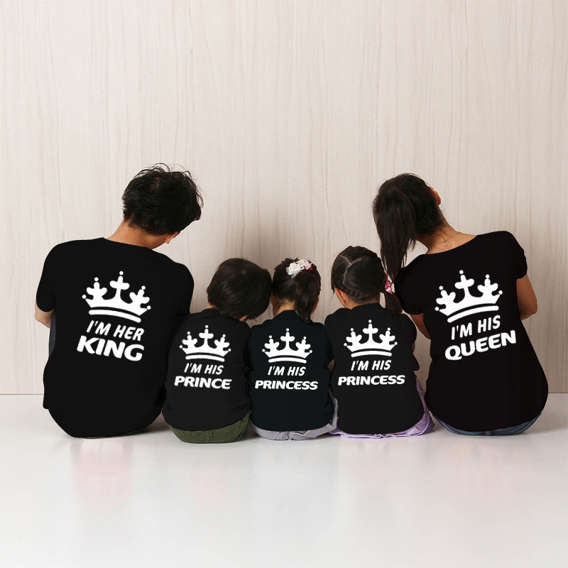 8580d688c0 Father Mother and Daughter Clothes Fashion King Queen for Dad Mom Shirt  Boys Prince Little Princess Shirts Crown Couple Shirt