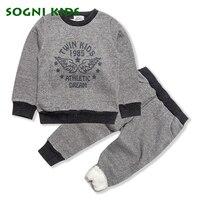 3-8 Yıl Boys Giyim Seti Chlidren Giysiler Kalınlaşmak Pamuk Polar Çocuk Uzun Kollu Sonbahar Kış için Kıyafet Set spor Eşofman
