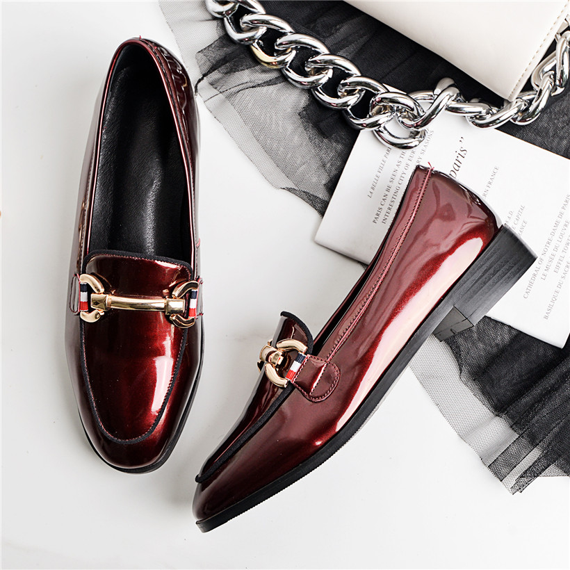2019 British Women Loafers Patent Leather Square Toe Retro Flats Slip-on Metal Chain Mocassins Casual Dress Office Ladies Shoes2019 British Women Loafers Patent Leather Square Toe Retro Flats Slip-on Metal Chain Mocassins Casual Dress Office Ladies Shoes
