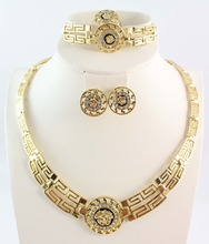 Free shipping African Costume Jewelry Set Vintage Jewelry Gold Necklace Fashion Full Rhinestone Gold Plated Wedding Jewelry Set