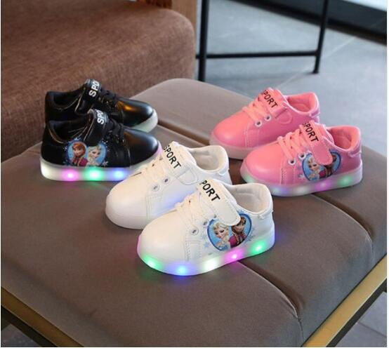 Kids LED Sneakers Breathable Children Princess Shoes For Baby Girls Cartoon Princess Luminous Shoes with Light EU Size 21-30Kids LED Sneakers Breathable Children Princess Shoes For Baby Girls Cartoon Princess Luminous Shoes with Light EU Size 21-30
