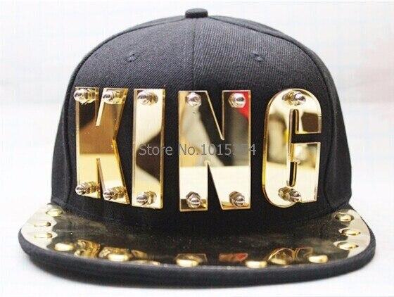 Prix pour NOUVEAU PUNK Miroir Acrylique Roi lettre Hiphop baseball relance Rivet de Spike parsemée De Danse Chapeau plat chapeaux