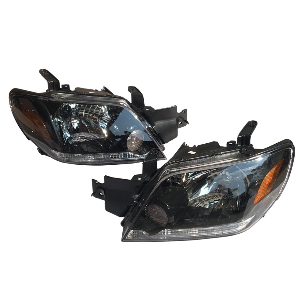 1Pair LH+RH Front Bumper Headlights Headlamps Head Light Lamp Black Color for Mitsubishi Outlander 2003-2006