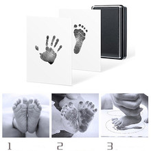 Baby Handprint Footprint Mold Pad 100% Non-Toxic Inkless Safe Easy To Clean Newborn Photo Hand Foot Print Pad Wonderful Keepsake(China)