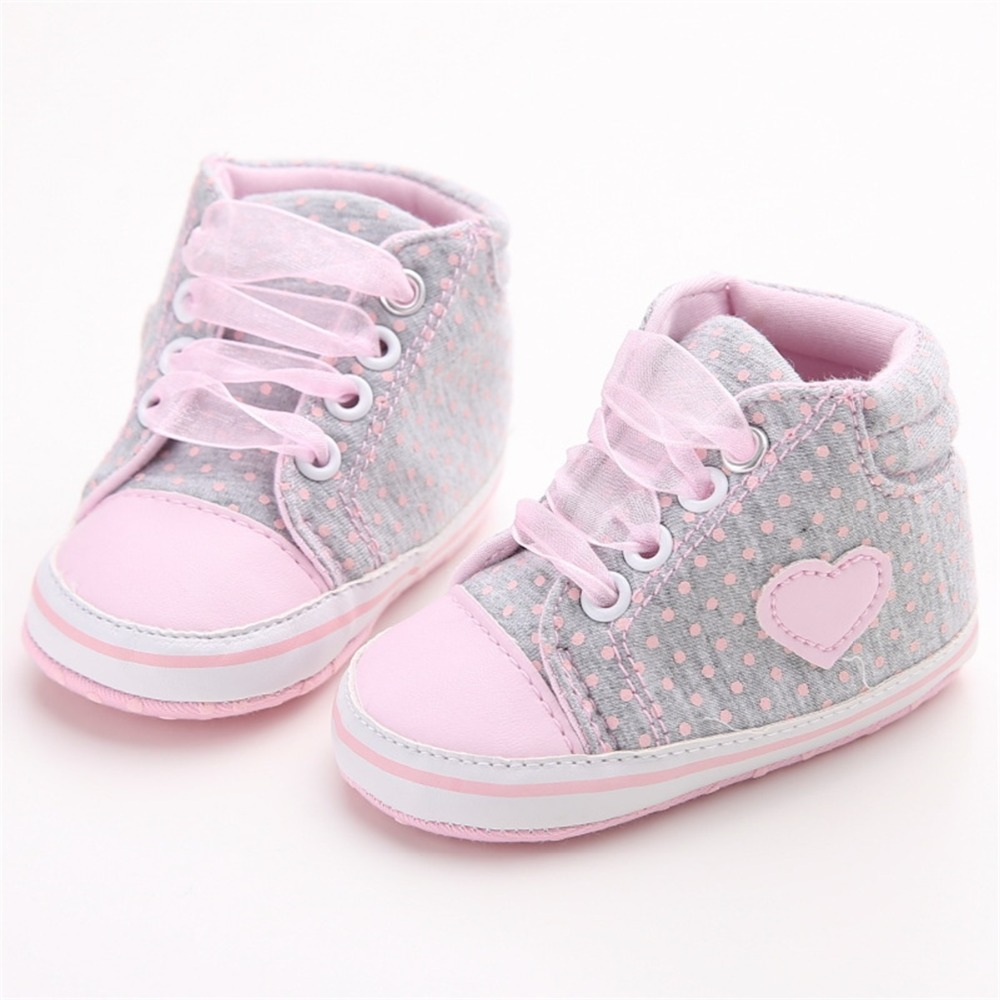 first walkers Love Heart Design Cute Toddler Sneakers Baby Newborn Lace-up Toddler Crib Shoes Spring First Walkers Infant