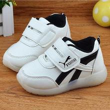 Non slip дети СВЕТОДИОДНЫЕ luinous обувь мальчики девочки малышей обувь ребенка ПРИВЕЛО обувь детская мода случайные плоские туфли без USB