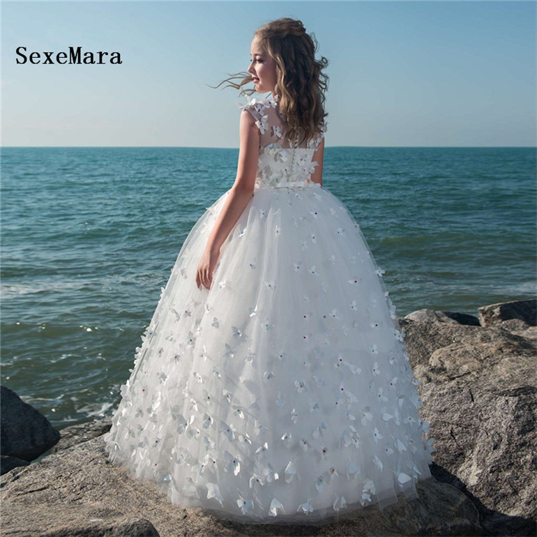 White Flower Girl Dresses for Wedding Kids Evening Pageant Ball Gowns First Communion Dresses For Girls Vestidos daminhaWhite Flower Girl Dresses for Wedding Kids Evening Pageant Ball Gowns First Communion Dresses For Girls Vestidos daminha