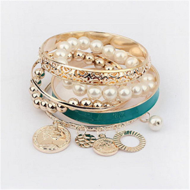 Charm Bracelets & Bangles Jewelry For Women Multilayer Imitation Pearl Bracelets Stretch Ladies Fashion Party Jewelry Pulseras