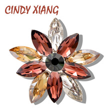 CINDY XIANG New Arrival Crystal Flower Brooch Wedding Bouquet Brooches For Women Fashion Summer Style Coat T-shirt Jewelry Pin