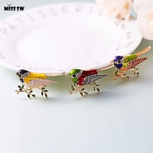 Elona Colorful Bird Brooch (3-color)