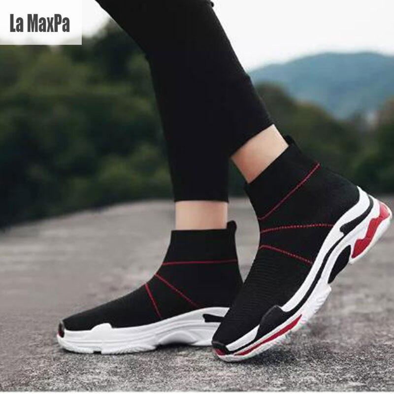 Sport Chaussures Hommes Chaussettes Sneakers Femmes Plate-Forme Chaussures  Femme Respirant Mesh Haute Top Chaussure de Course Shose 2018 Printemps  Nouveau ... 09f622109bf5