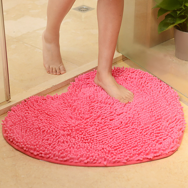 Love Heart Shape Bathroom Carpet Solid Green Red Bath Mats Doormat Tapete Para Quarto