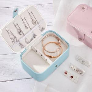 Image 2 - Caixa de jóias de viagem portátil de dupla camada de couro do plutônio expositor organizador caso de armazenamento para brincos colar anéis