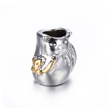 Gratis verzending 1 pc goud en lucky cat europese big hole bead CHARM Past Europese Charme Armbanden A023(China)