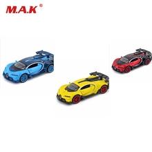 Gyűjtemény 1:32 Mérleg alumínium öntvény Bugatti Veyron GT autós modell Gyors és dühös Vörös / kék / sárga Hang és fény játékkal fiúknak