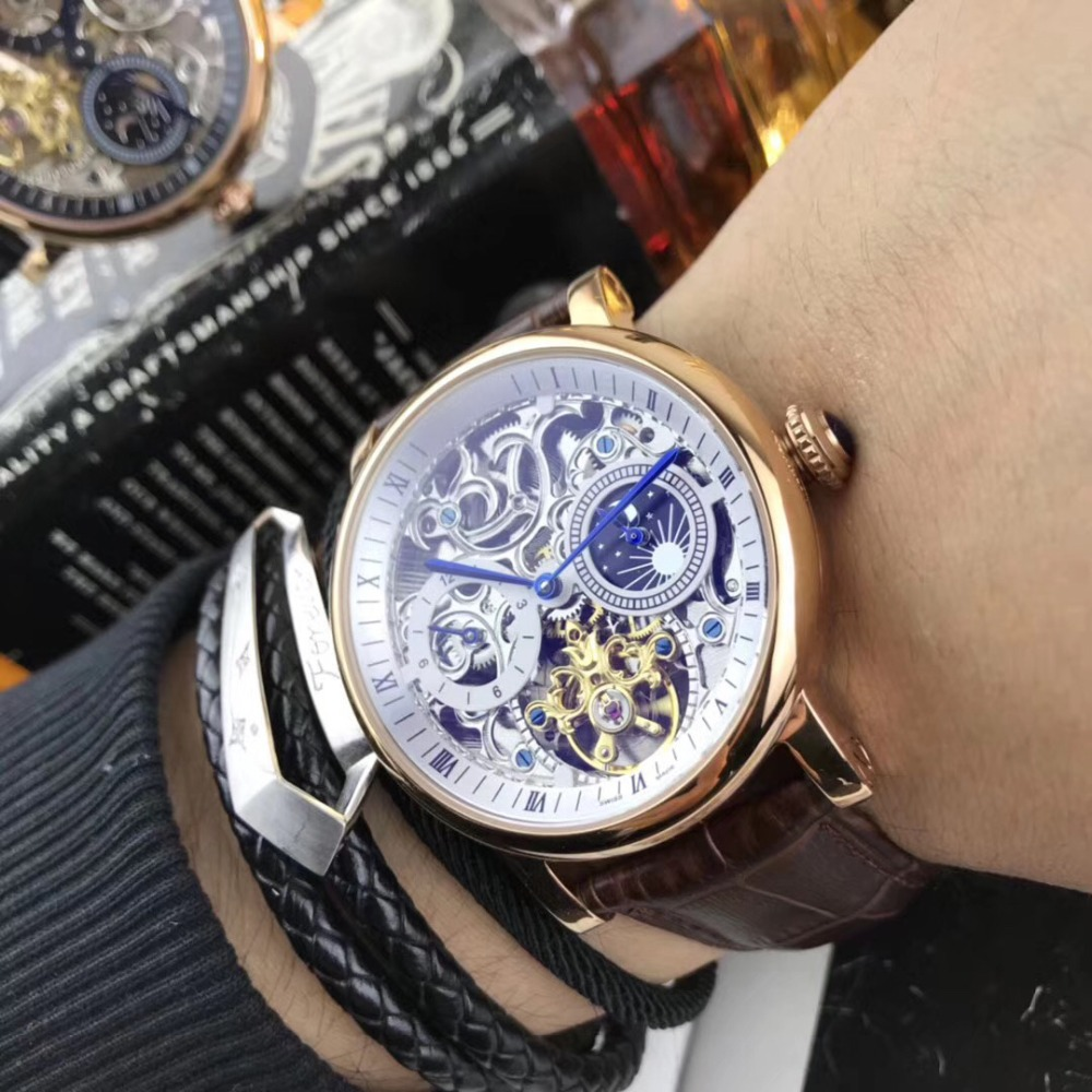 Mens Watches Top Brand Runway Luxury European Design Automatic Mechanical Watch S0718